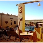 3999724-nicily_decorated_innercourt_of_kasbah_ennesra_rissani
