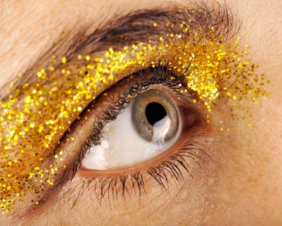 daily-glow-makeup-mistakes-08