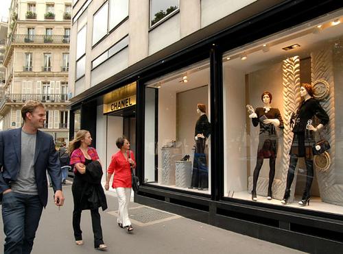 Avenue-Montaigne_3