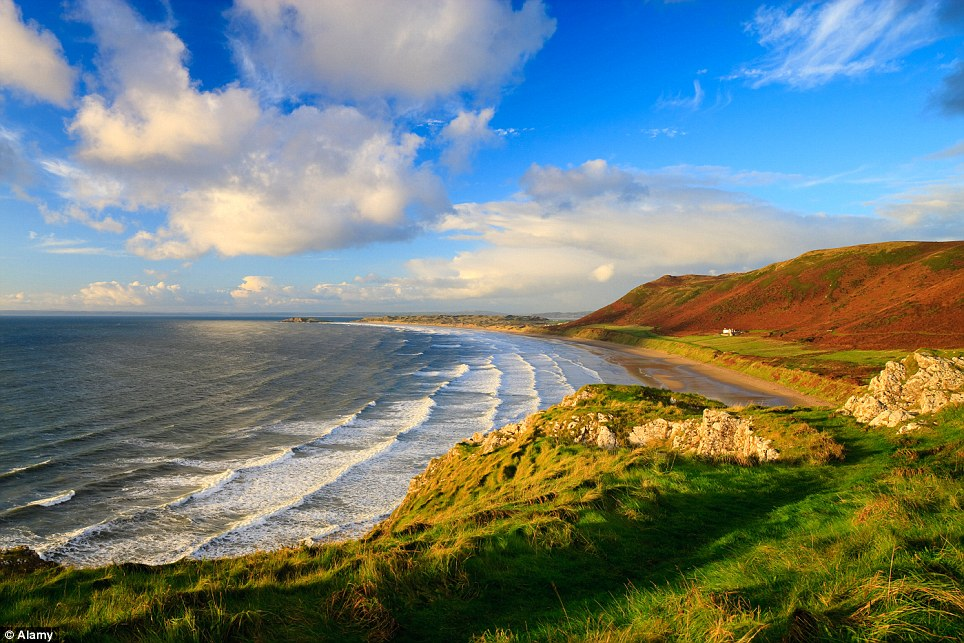 Plaja Rhossili Bay din Wales